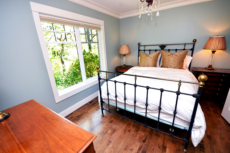 GUEST BEDROOM  |  LABURNUM ROAD